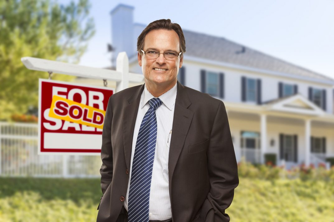 Successful Realtors sell your listing faster and for top dollar.
